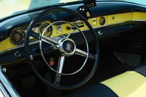volant buick-skylark-1954-jaune