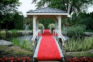 tapis rouge du gazebo du chateau saint-antoine