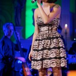 sarah may vézeau chante église saint-athanase