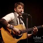 Marco Bouchad chanteur et guitare
